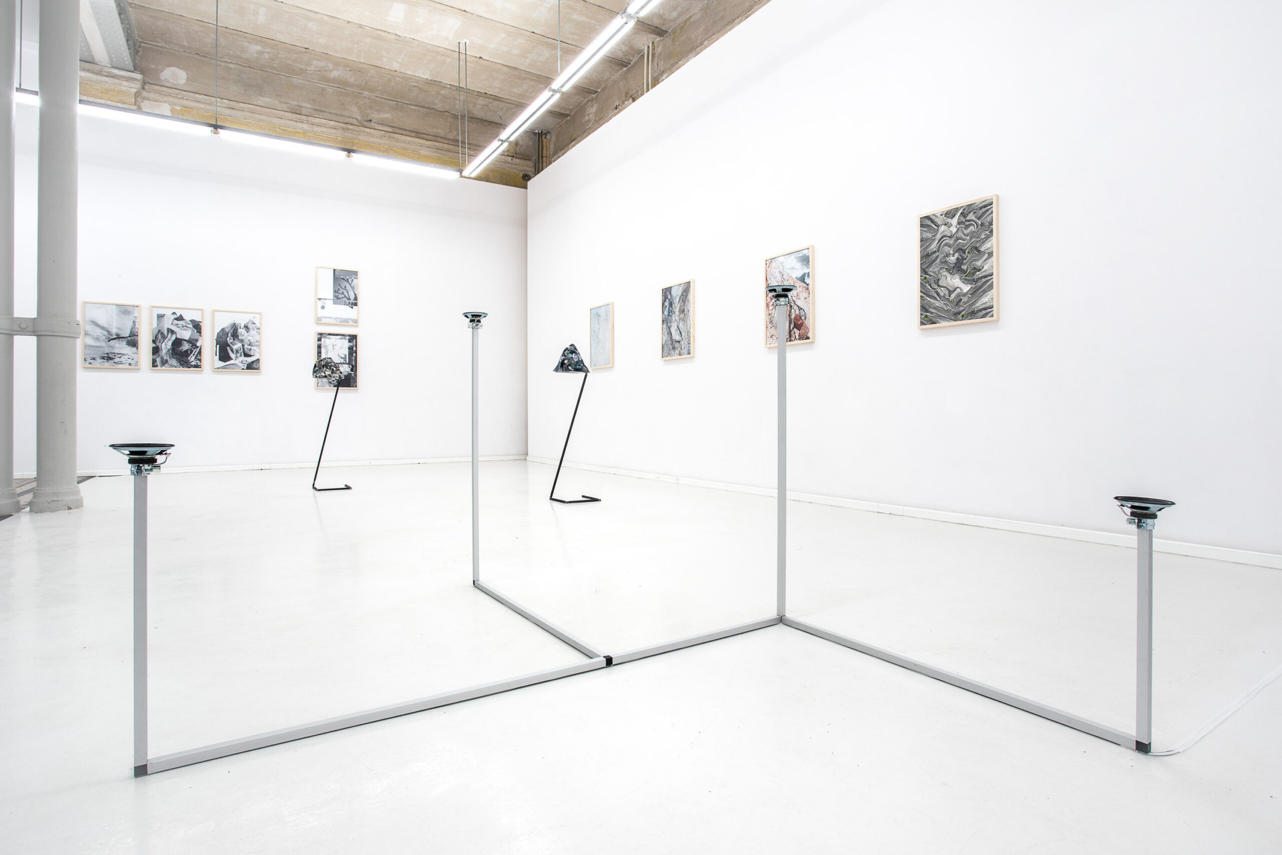 Jacek Doroszenko - How to travel - Sound installation - Sculpture - Exhibition - Gallery 02