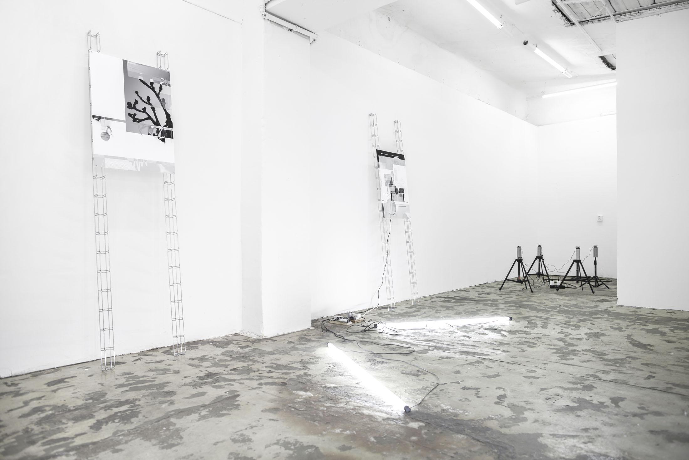 Jacek Doroszenko and Ewa Doroszenko - exhibition view, Petrohradska Kolektiv, Prague CZ / 03
