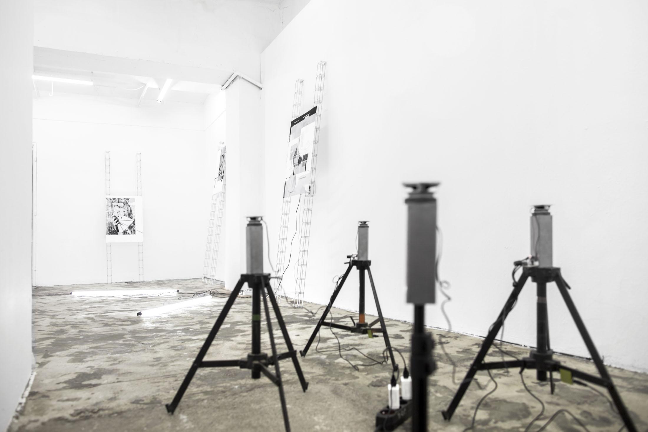 Jacek Doroszenko and Ewa Doroszenko - exhibition view, Petrohradska Kolektiv, Prague CZ / 07