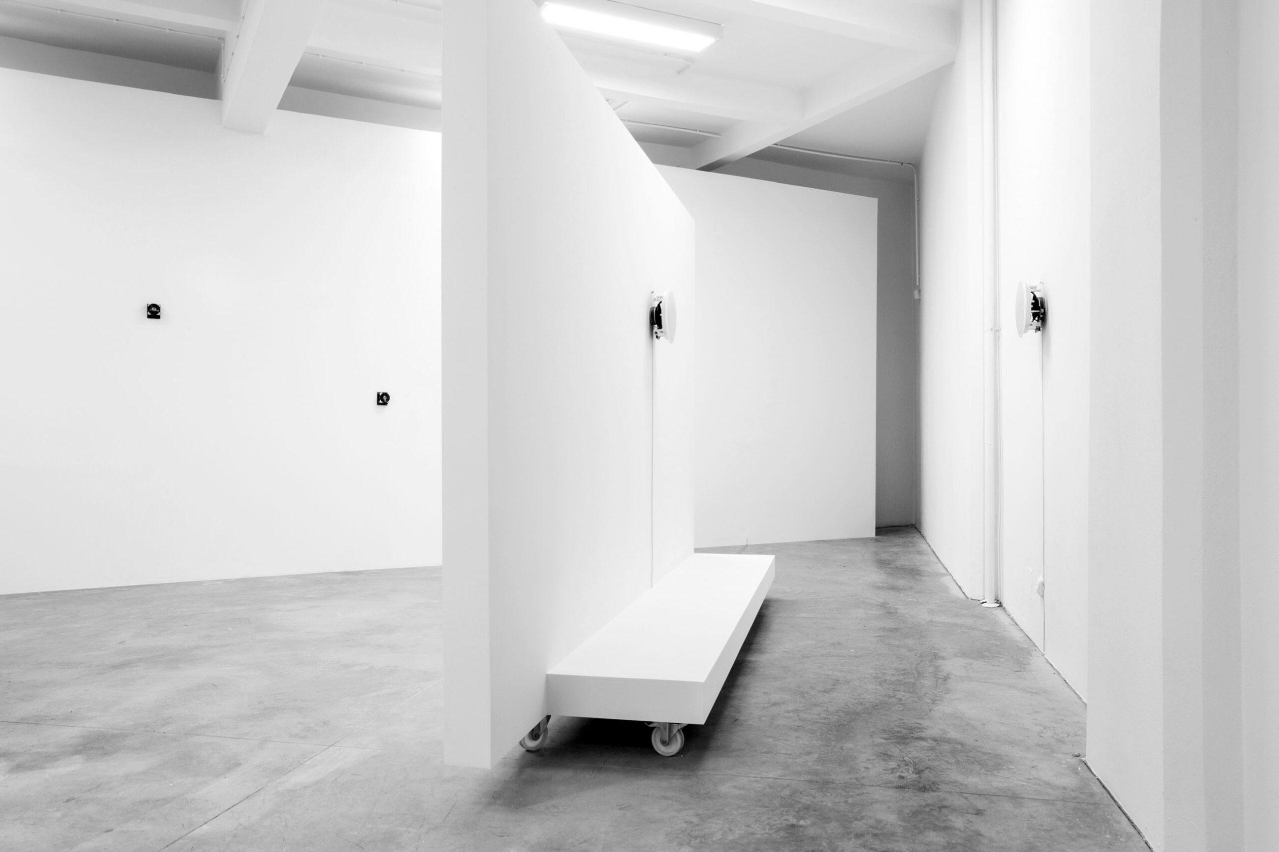 Jacek Doroszenko - Aberration maker, exhibition view 1