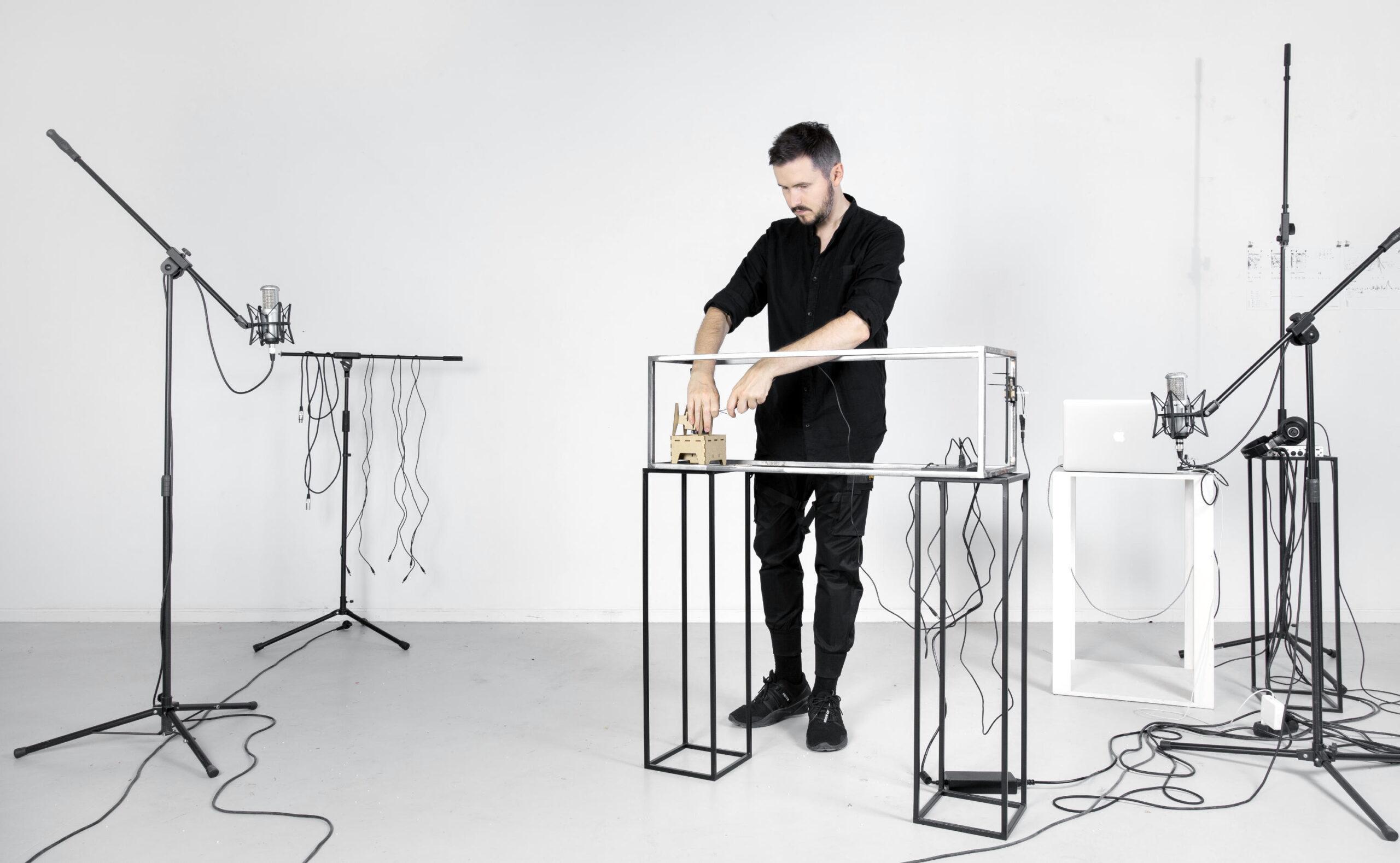Jacek Doroszenko – audiovisual artist